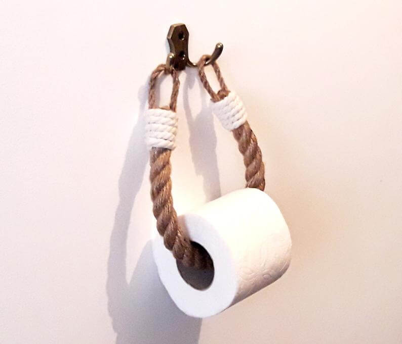 Nifty Nautical Toilet Paper Holder