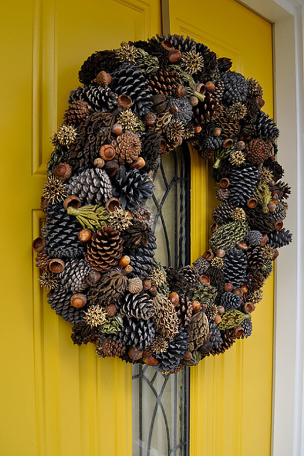Tremendously Textured Fall and Winter Wreath