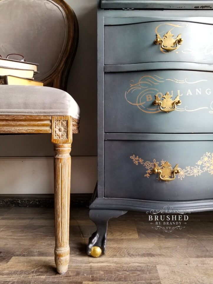 Vintage-Inspired Chalk Mineral Painted Furniture