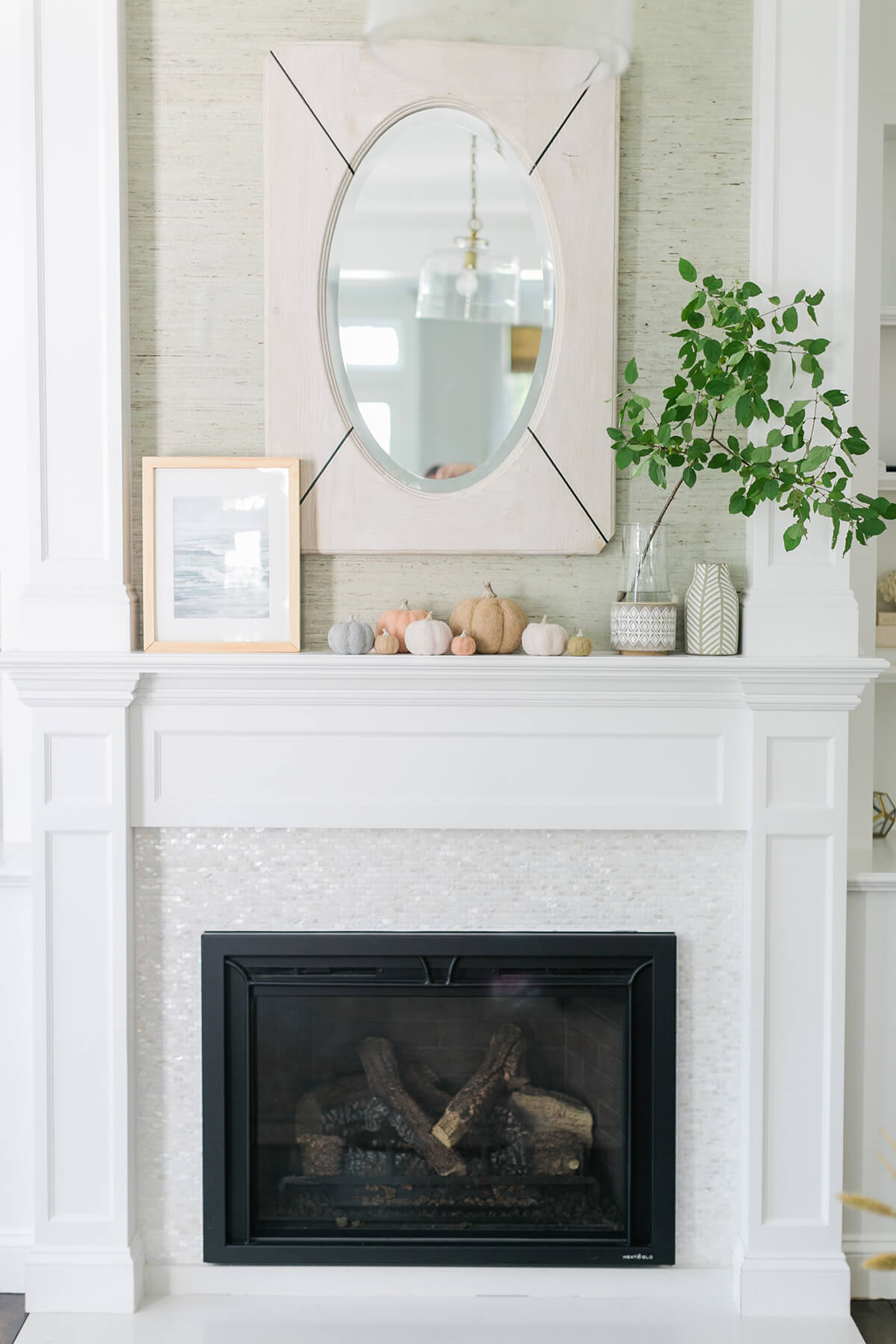 Fall Inspired Fireplace Mantle Décor