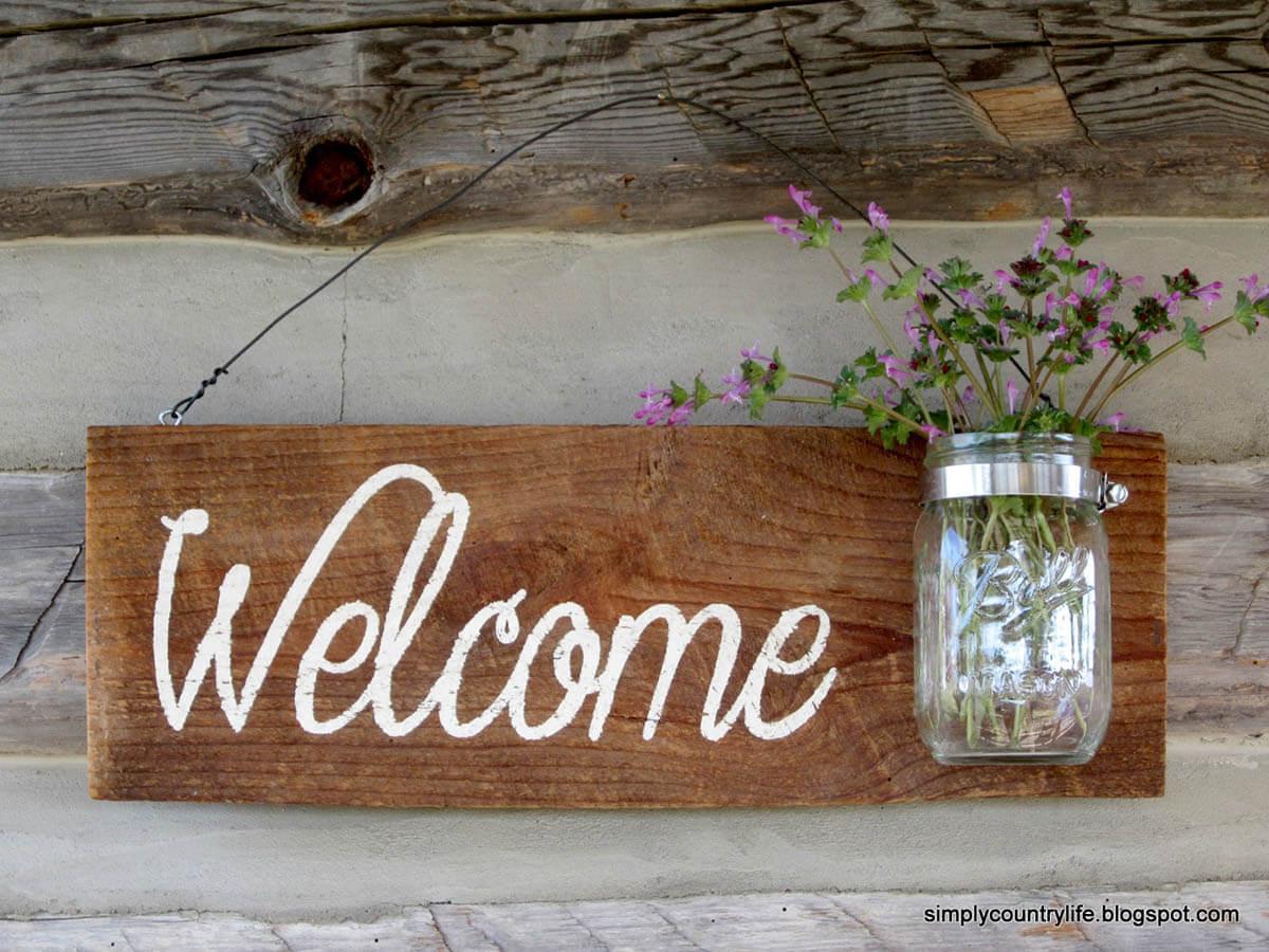 Mason Jar Vase and Welcome Wood Sign