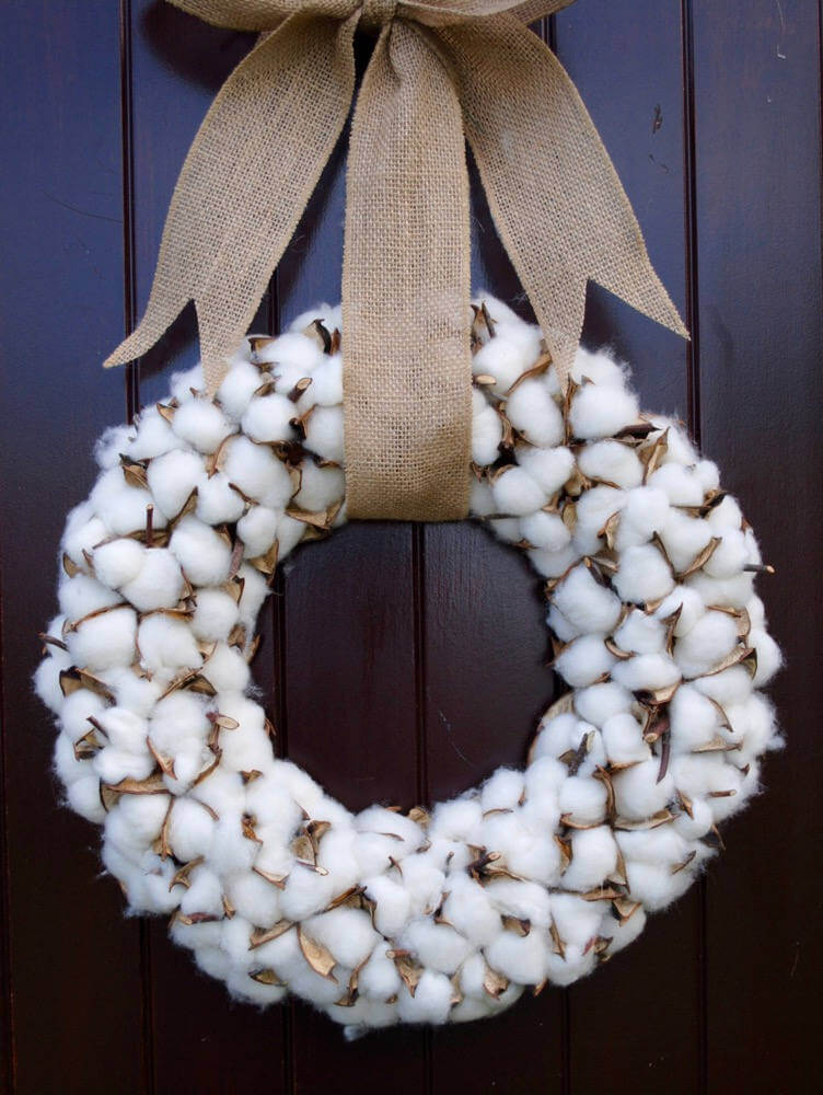 Full and Pretty Wreath with Cotton