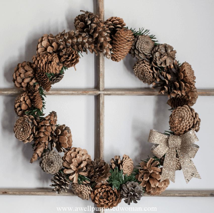 Simple 30 Minute Pinecone Wreath