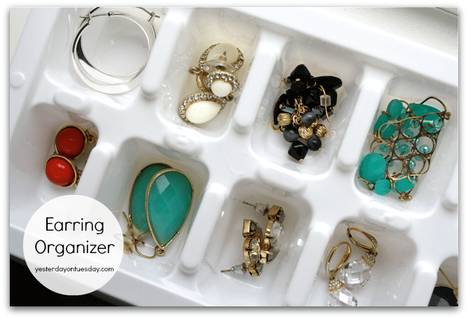 Ice Cube Tray to Organize Earrings