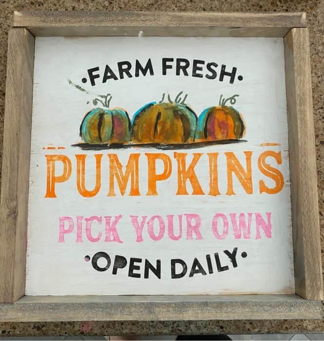 Stenciled and Sweet Farm Fresh Pumpkin Sign