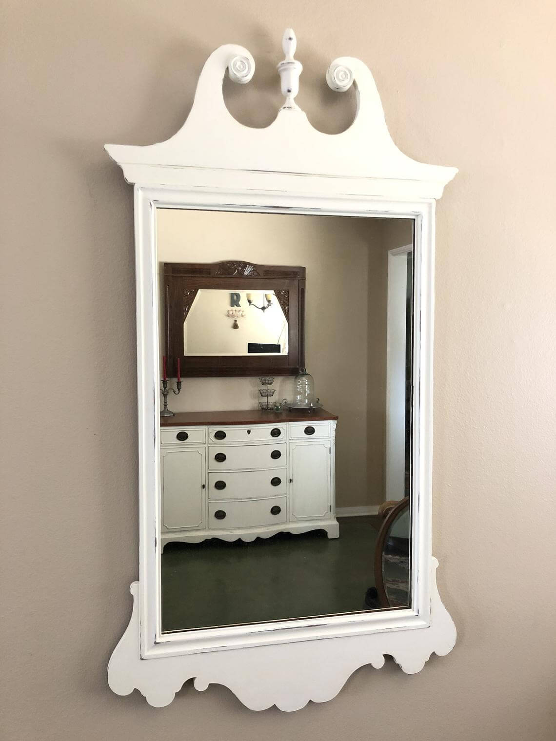Queen Anne Traditional Scrolled Decorative Mirror