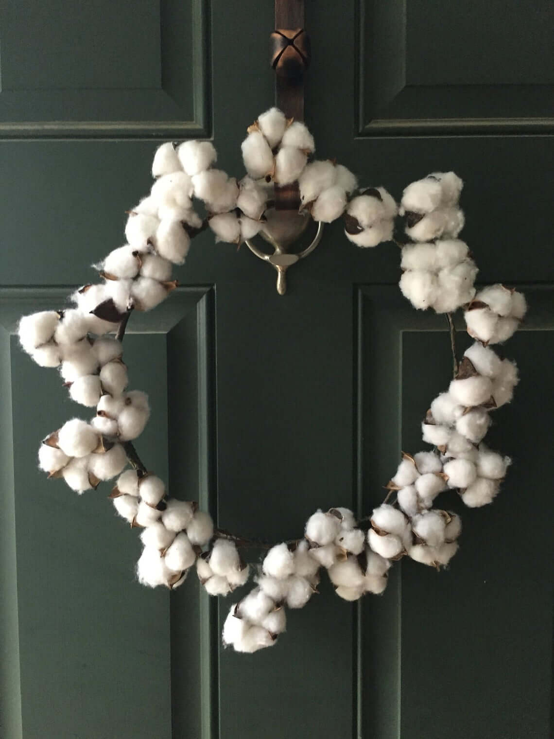 Bunches of Blooming Cotton Simple Wreath