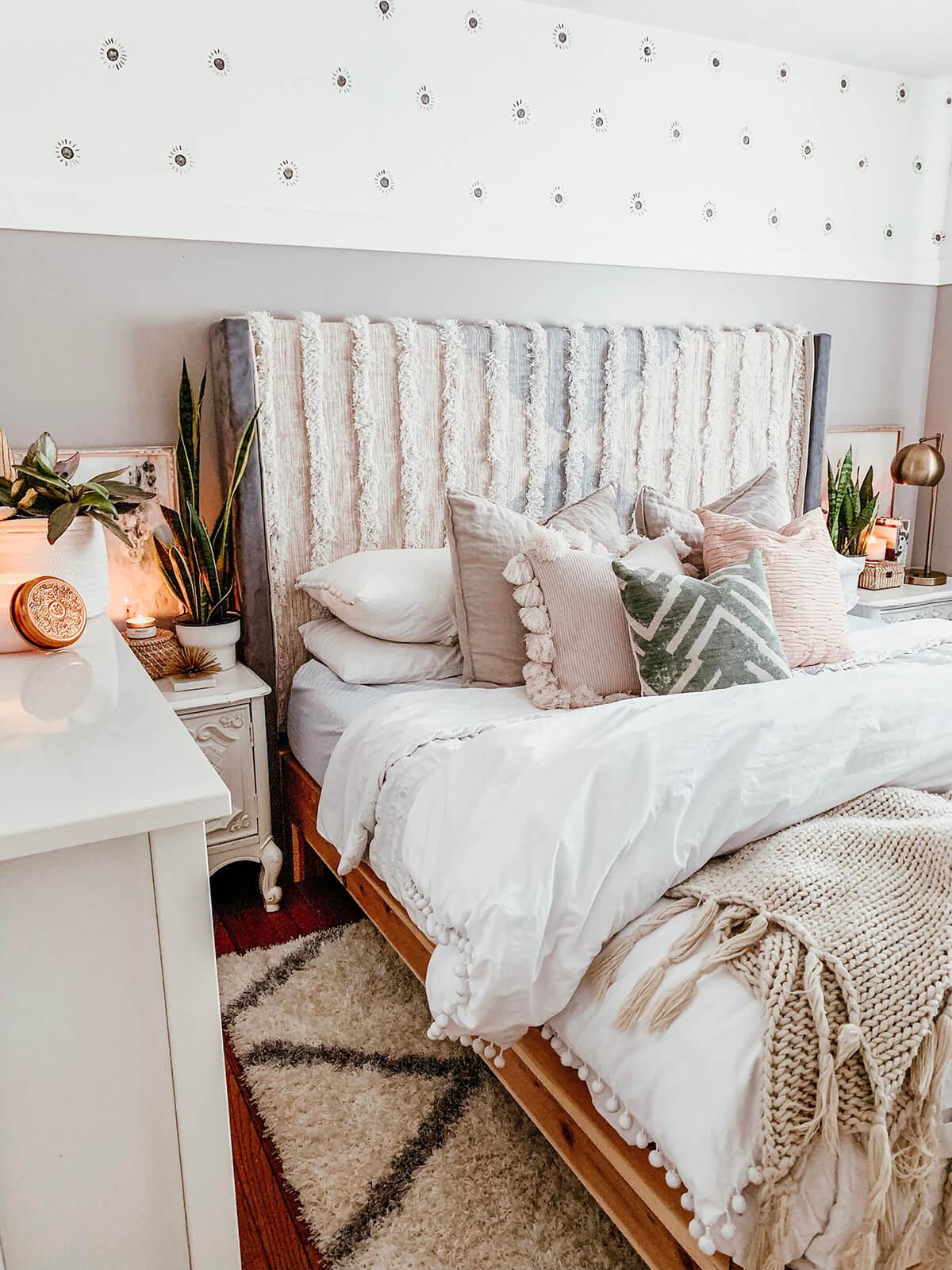 Perfect Boho Chic Bedroom Comfort