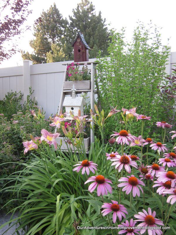 Lovable Spring Garden Decor To Enhance Springtime Joy