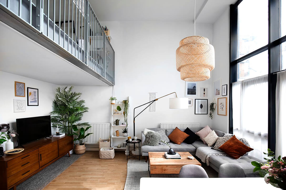 Minimal Can Equal More Room and Storage