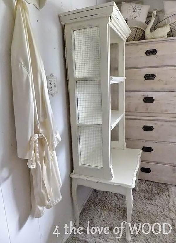 Creative Vintage Table Shelf Design