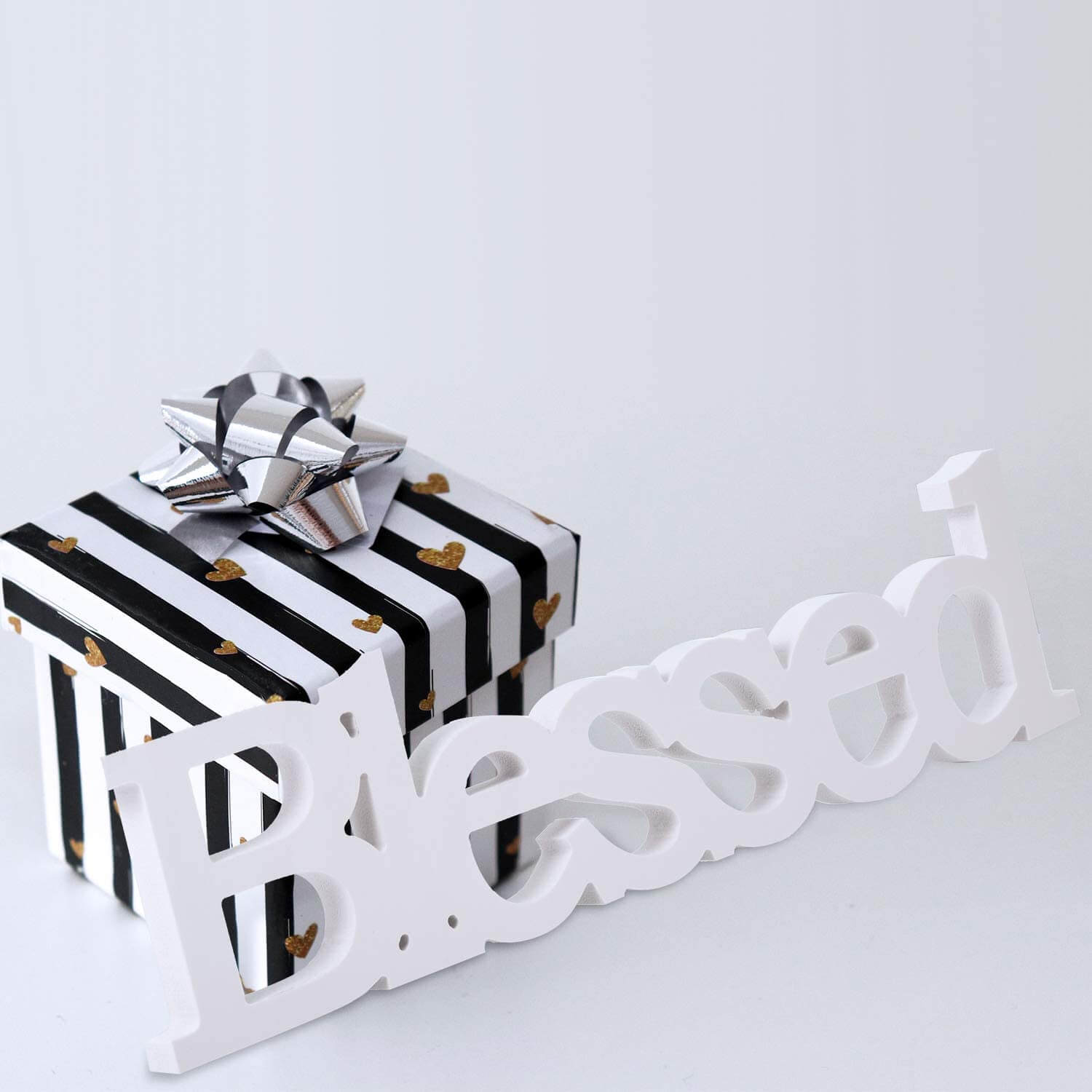 Simple Blessed Freestanding Tabletop Letter Décor