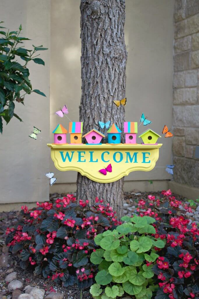 Birdhouse Welcome Sign Perfect for Spring
