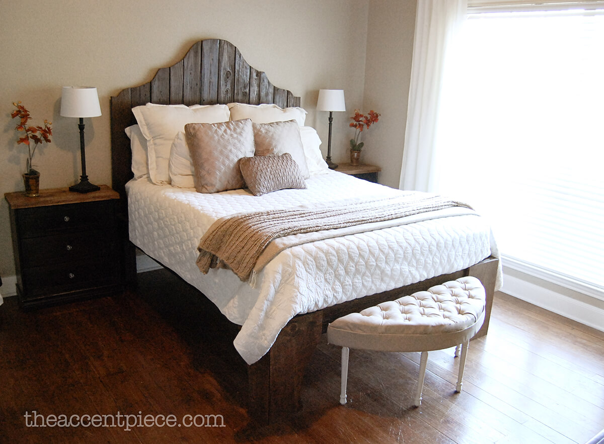 Small Bedroom Sophistication: Tufted Bench Project