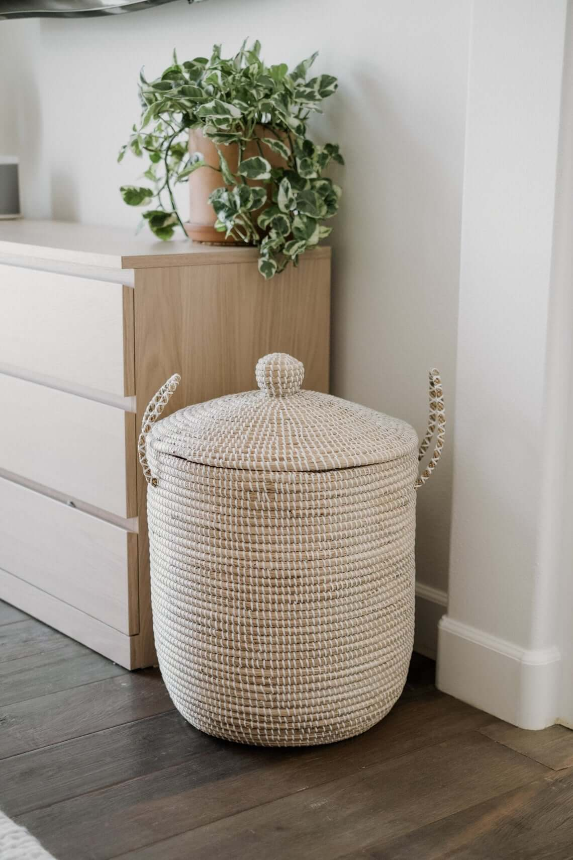 White and Beige Hamper to Handle Laundry