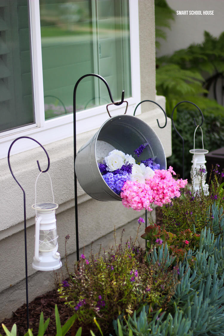 Simple and Functional Metal Bucket
