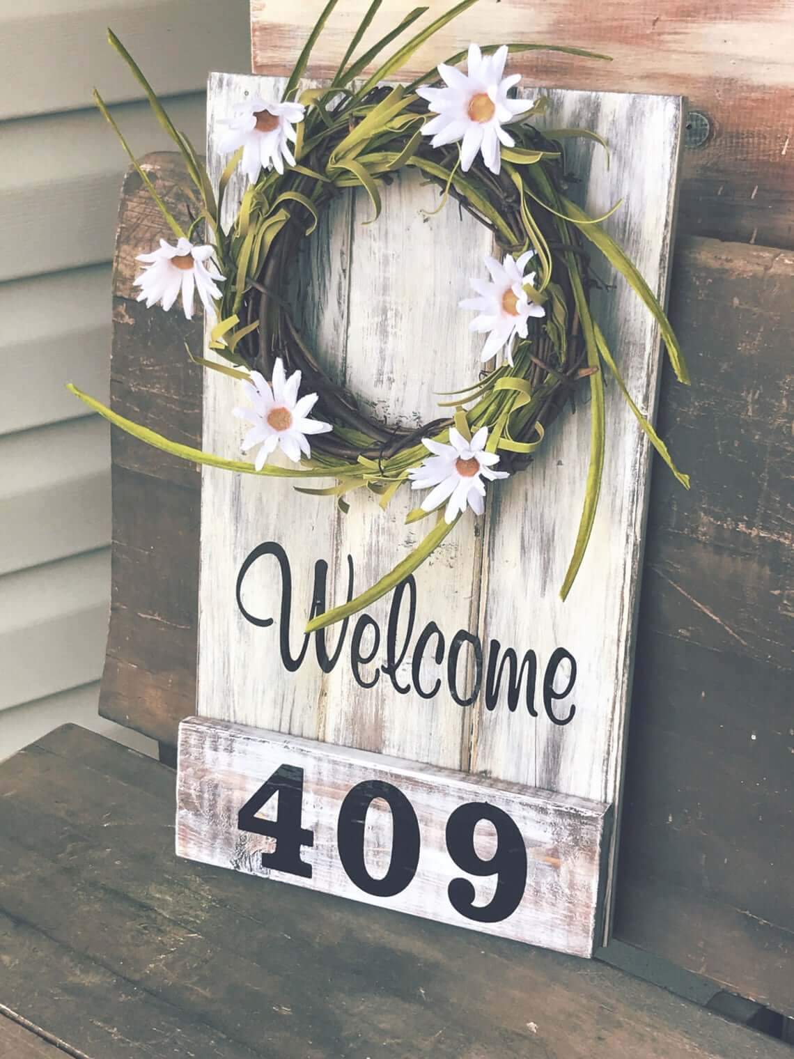 Cute Plank with Wreath House Sign