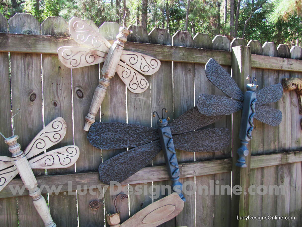DIY Decorative Wooden Garden Dragonflies