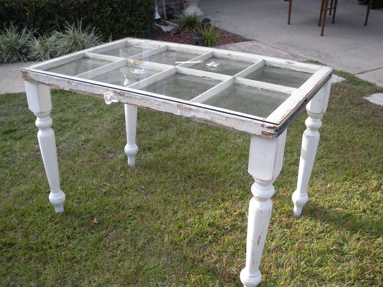 Cute Distressed Window See-Through Table
