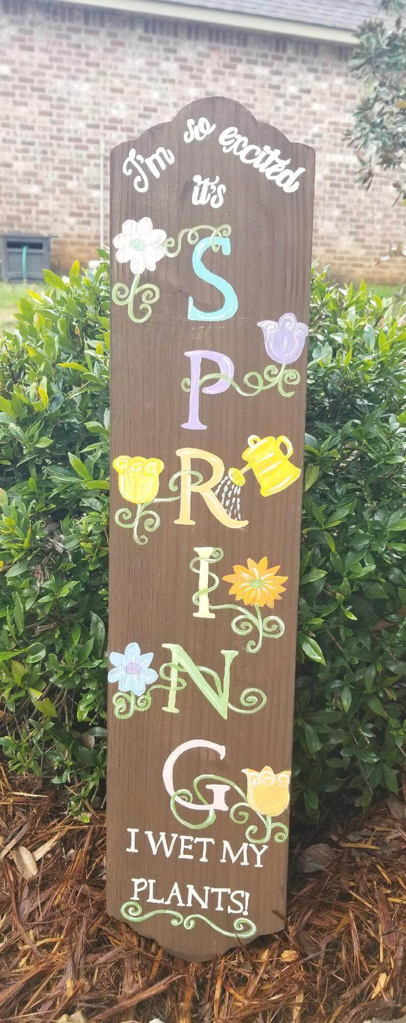 A Unique and Hilarious Spring Welcome Sign