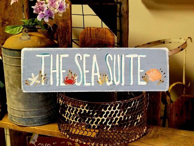Coastal Critters Sea Suite Garden Sign