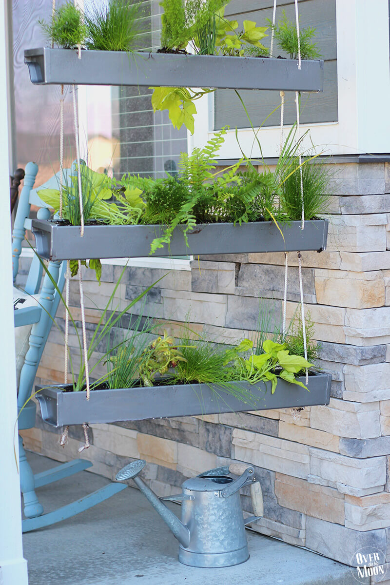 Hanging Planters to Freshen Things Up