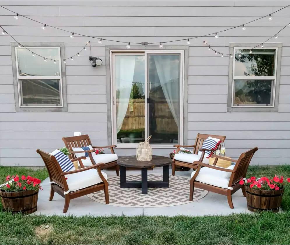 Simple Budget-Friendly Cozy Patio Garden