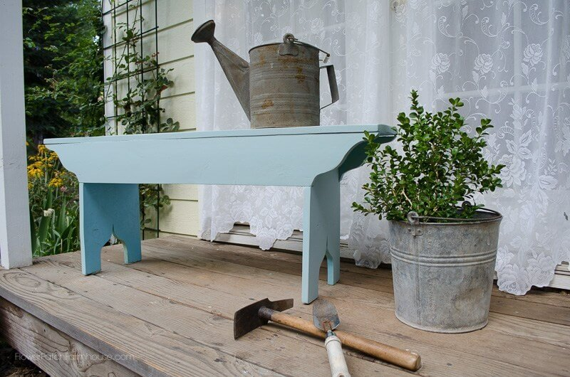 Cute and Clever Victorian Garden Bench