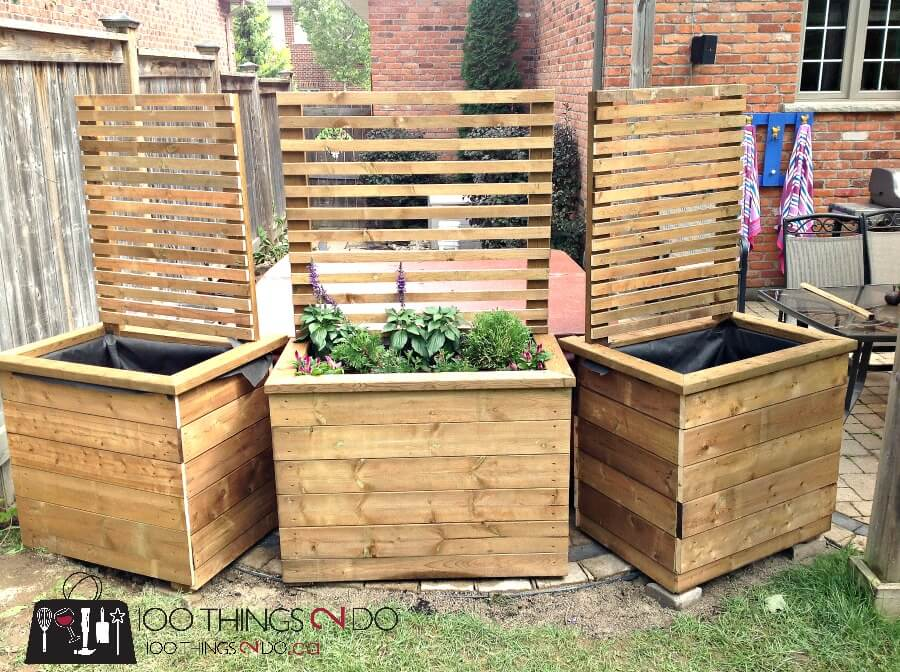 DIY Privacy Screen and Planter