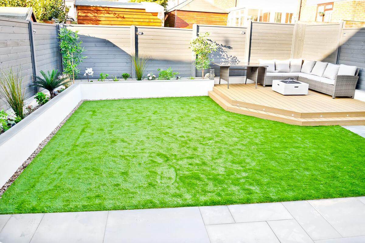 Spacious Modernized Deck and Garden Bed