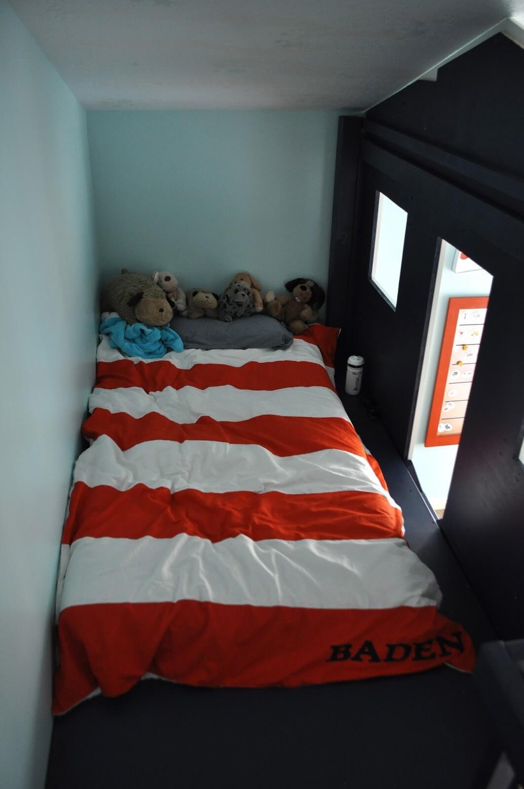 Large Shack Loft Toddler Bed