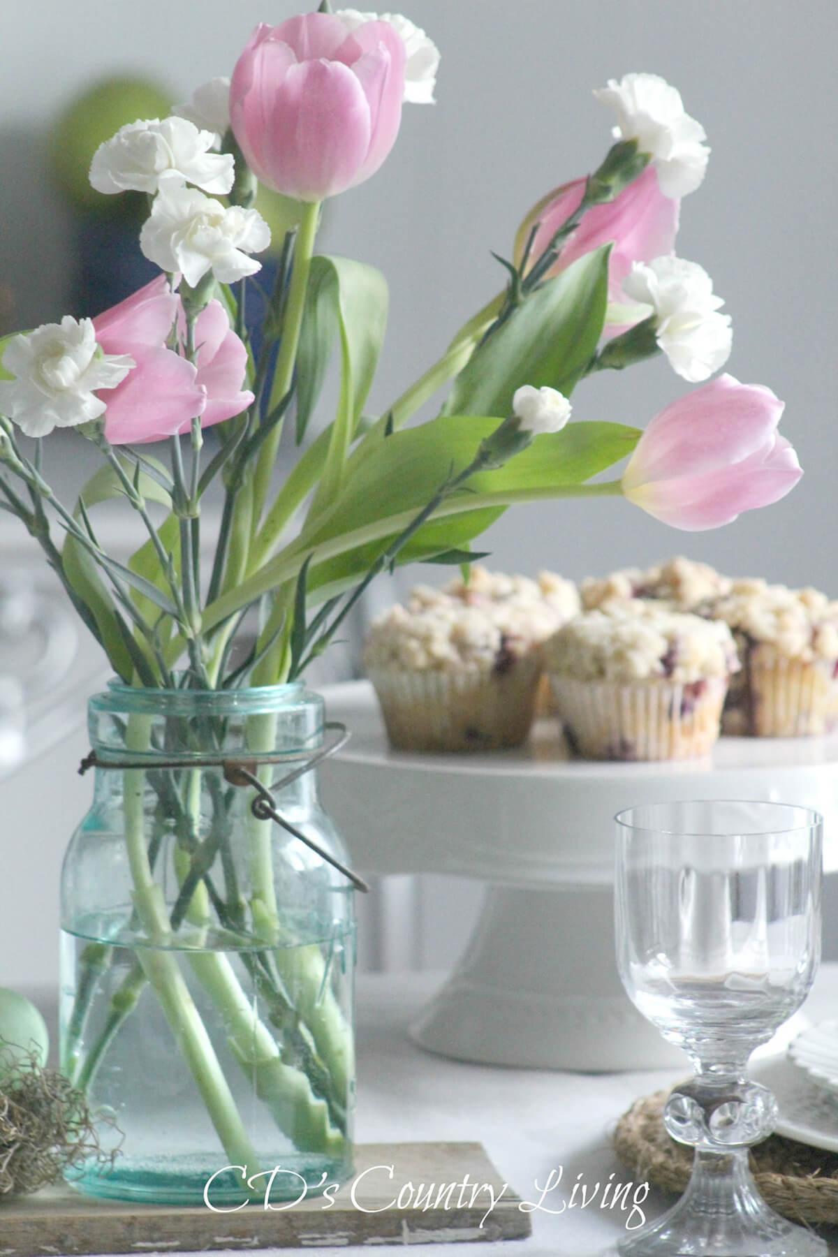 Vintage Vibe Blue Glass Flower Vase
