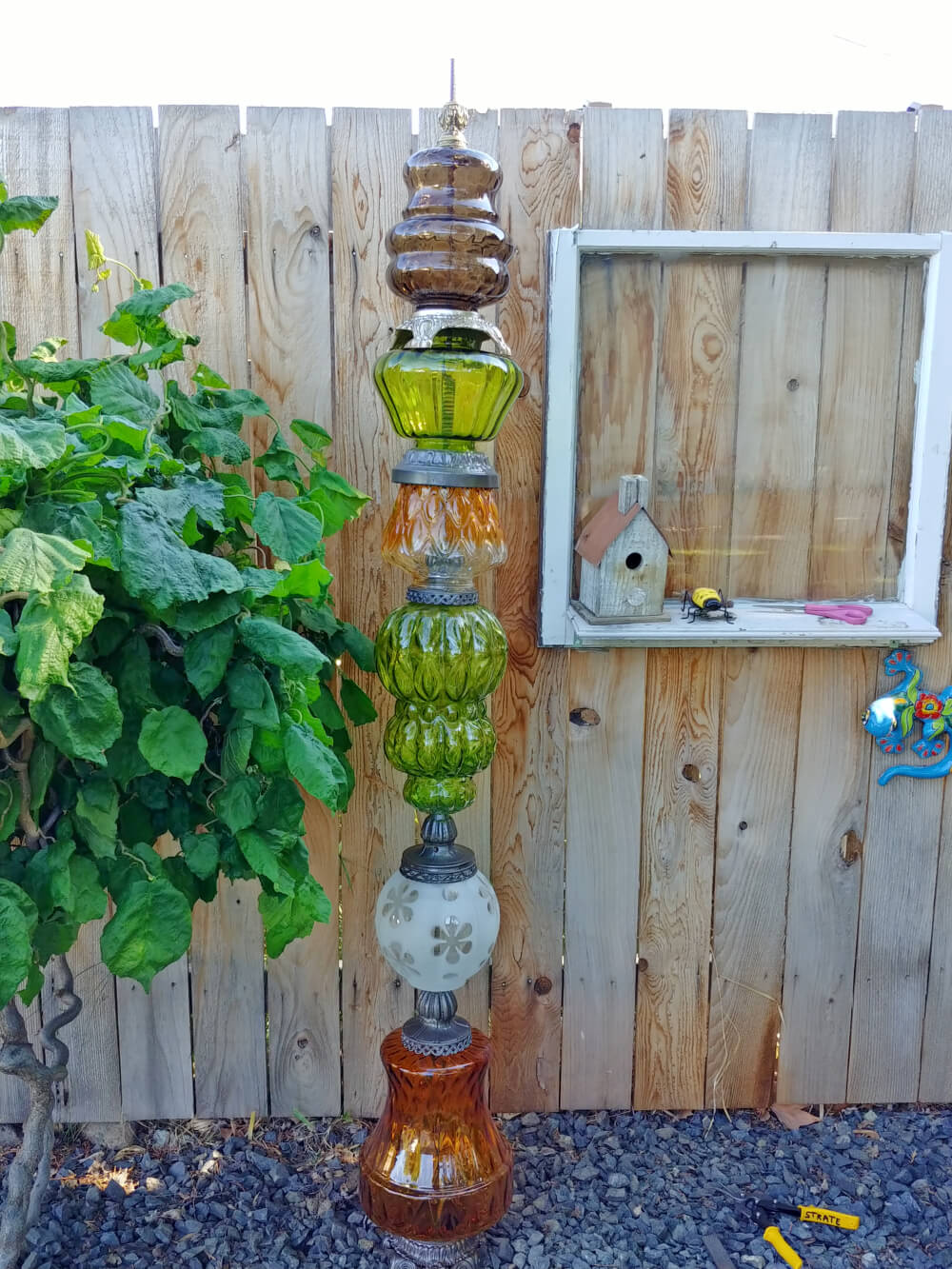 Quirky Lamp Garden Token
