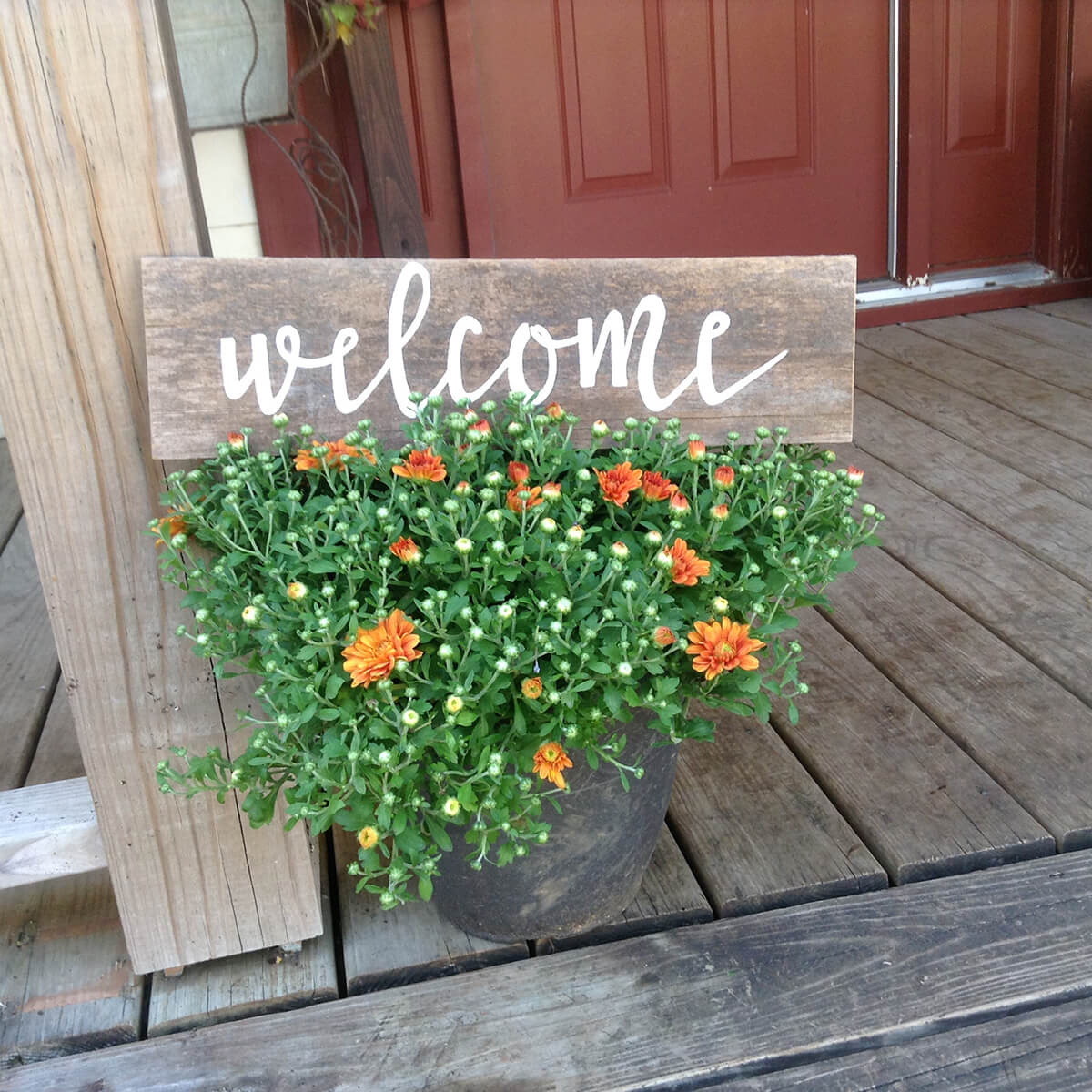 Handmade and Lightweight Country Welcome Sign