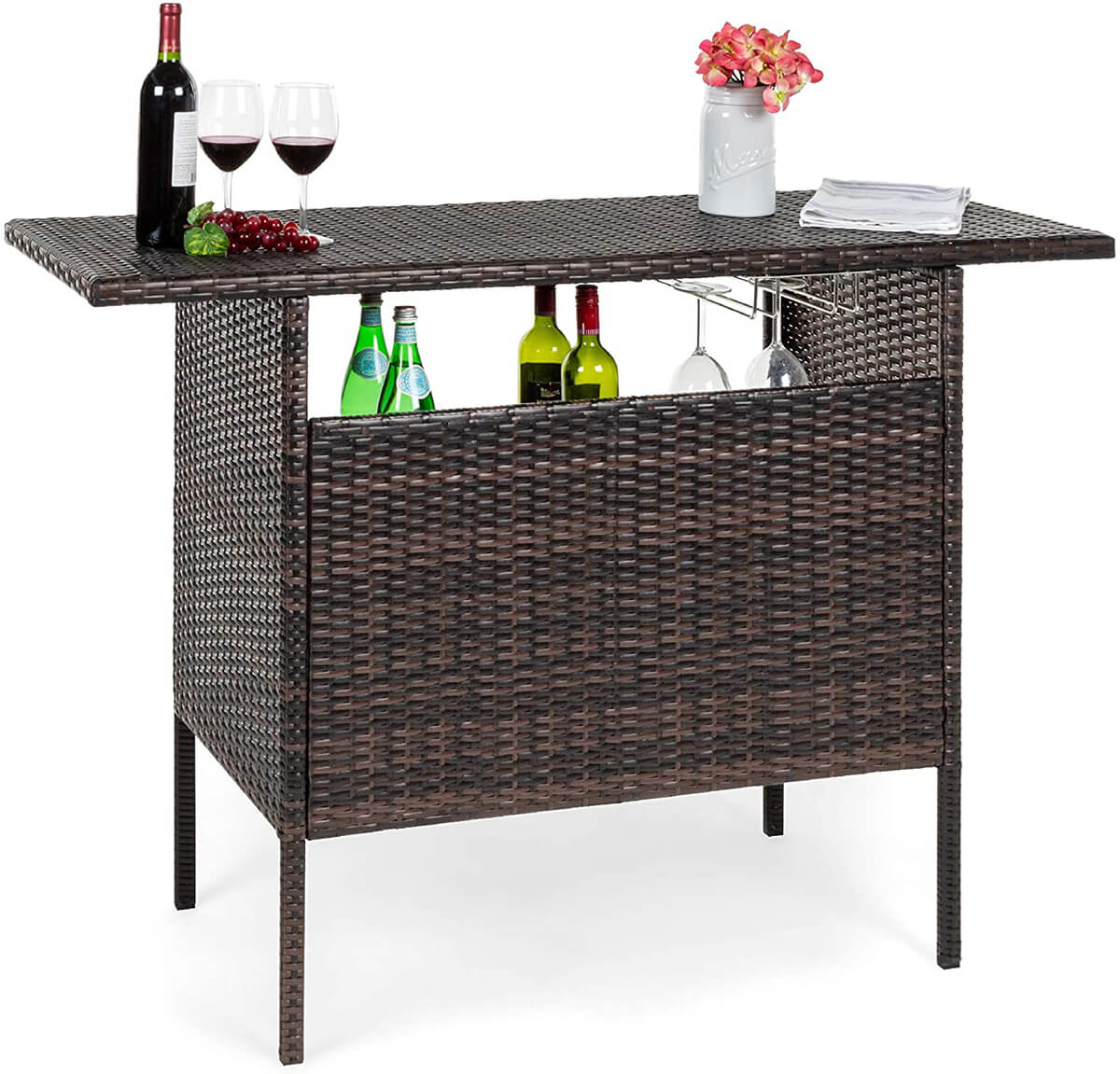 Wicker and Wine: a Match Made in Heaven