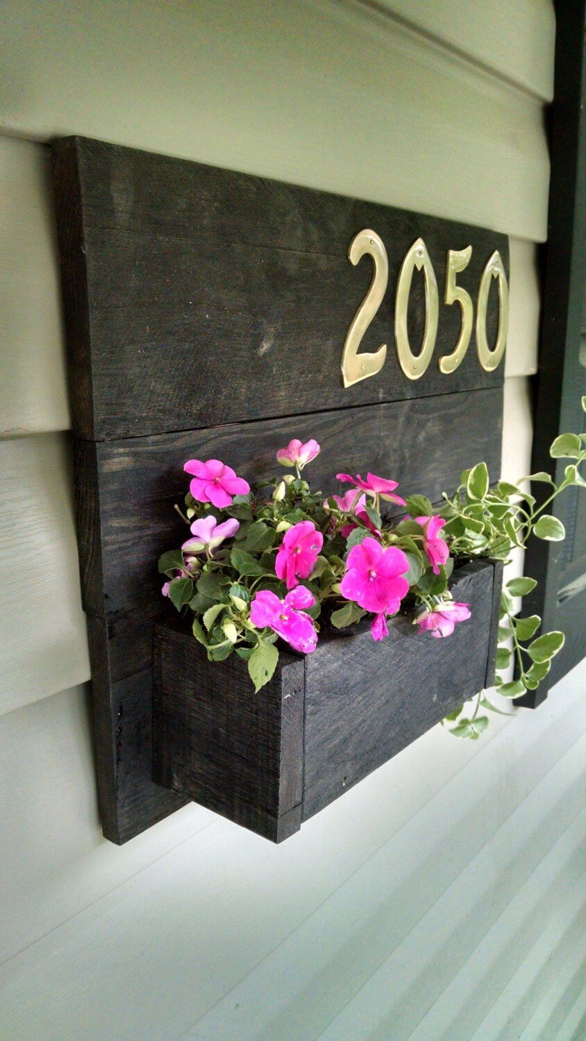 Personalized Pallet Home Address Sign