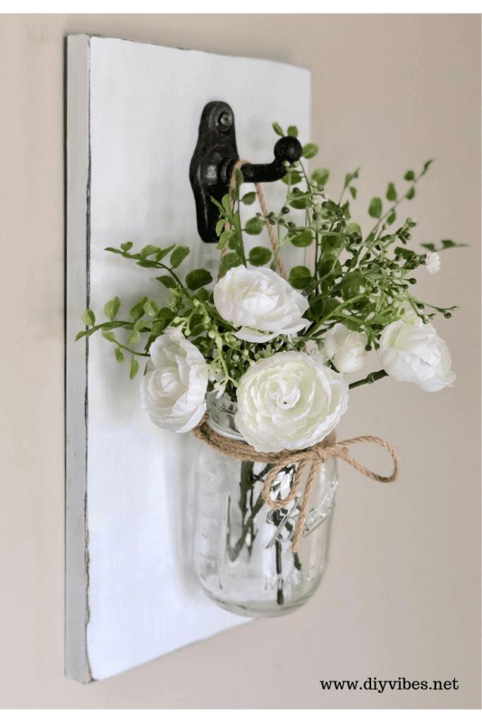 Simple Farmhouse Mason Jar Flower Vase