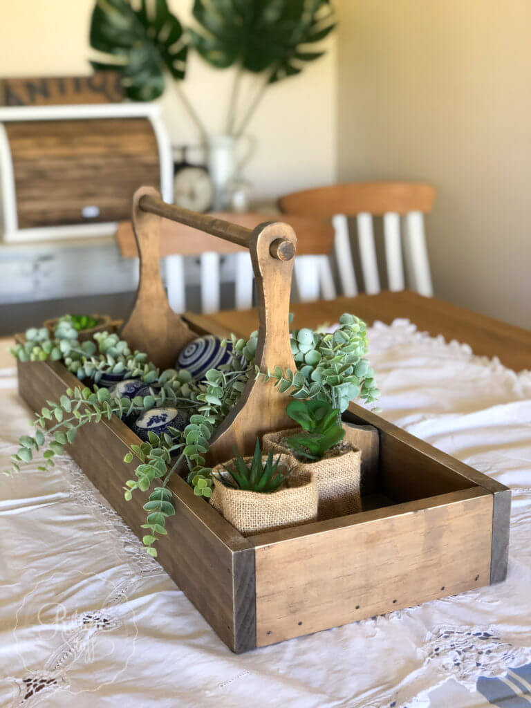 Easy to Carry Tool Tray Planter
