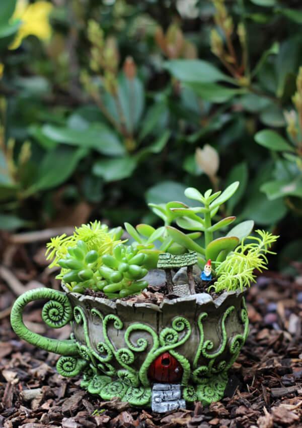 Ferny Frond Secret Door Gnome Garden Cup