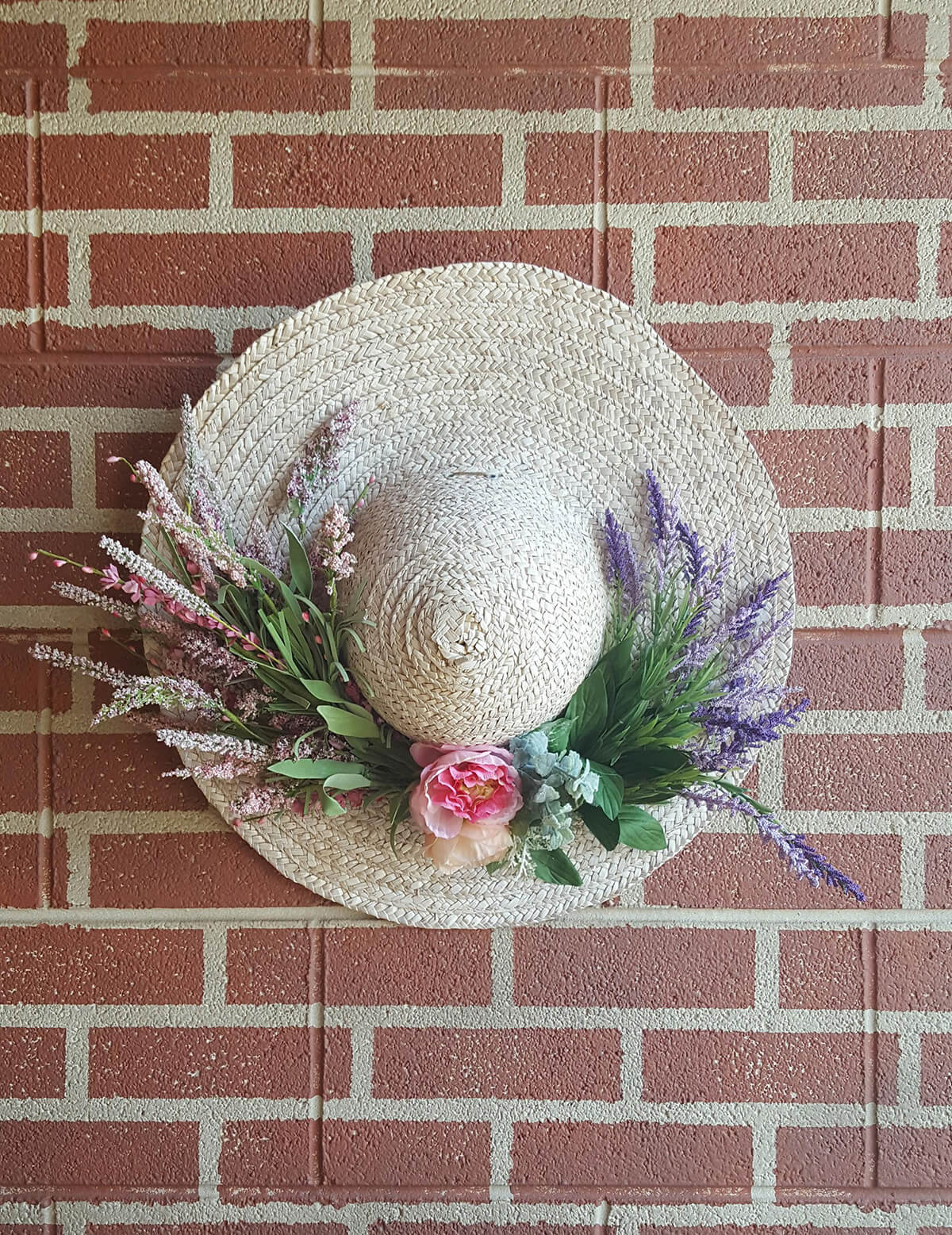 Sweet and Simple Floral Straw Farm Hat
