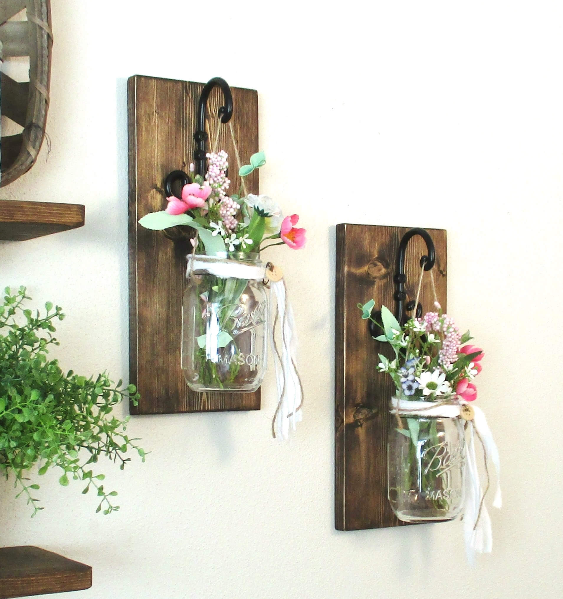 Simply Lovely Mason jar Wall Sconce