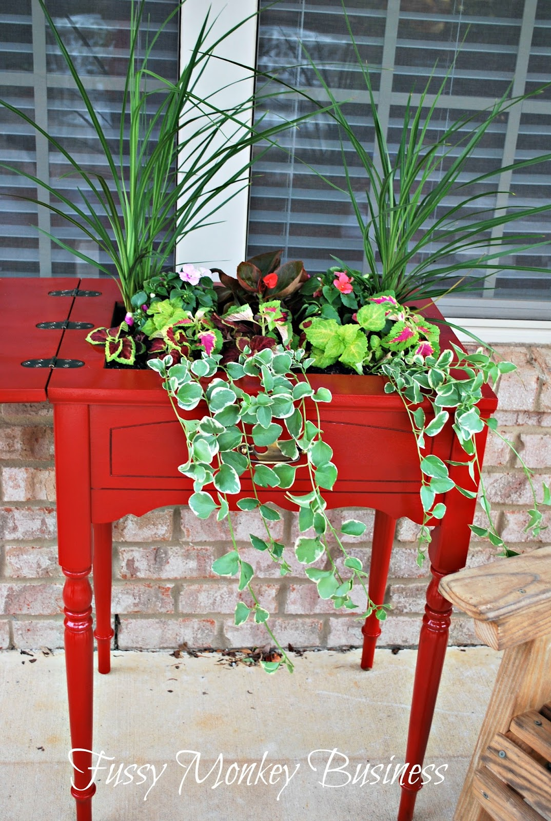 Cool Upcycled Table Outdoor Planter
