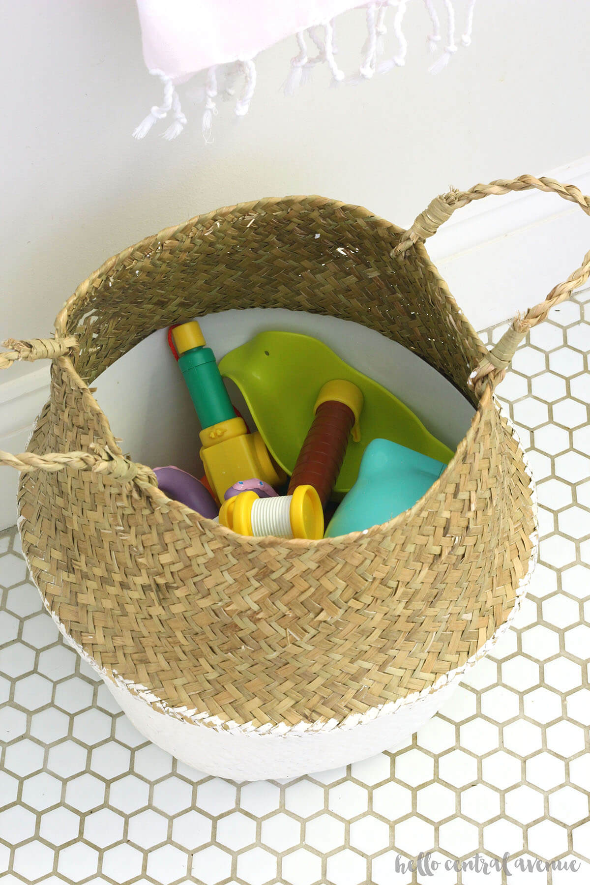 Two-Tone White and Natural Belly Basket