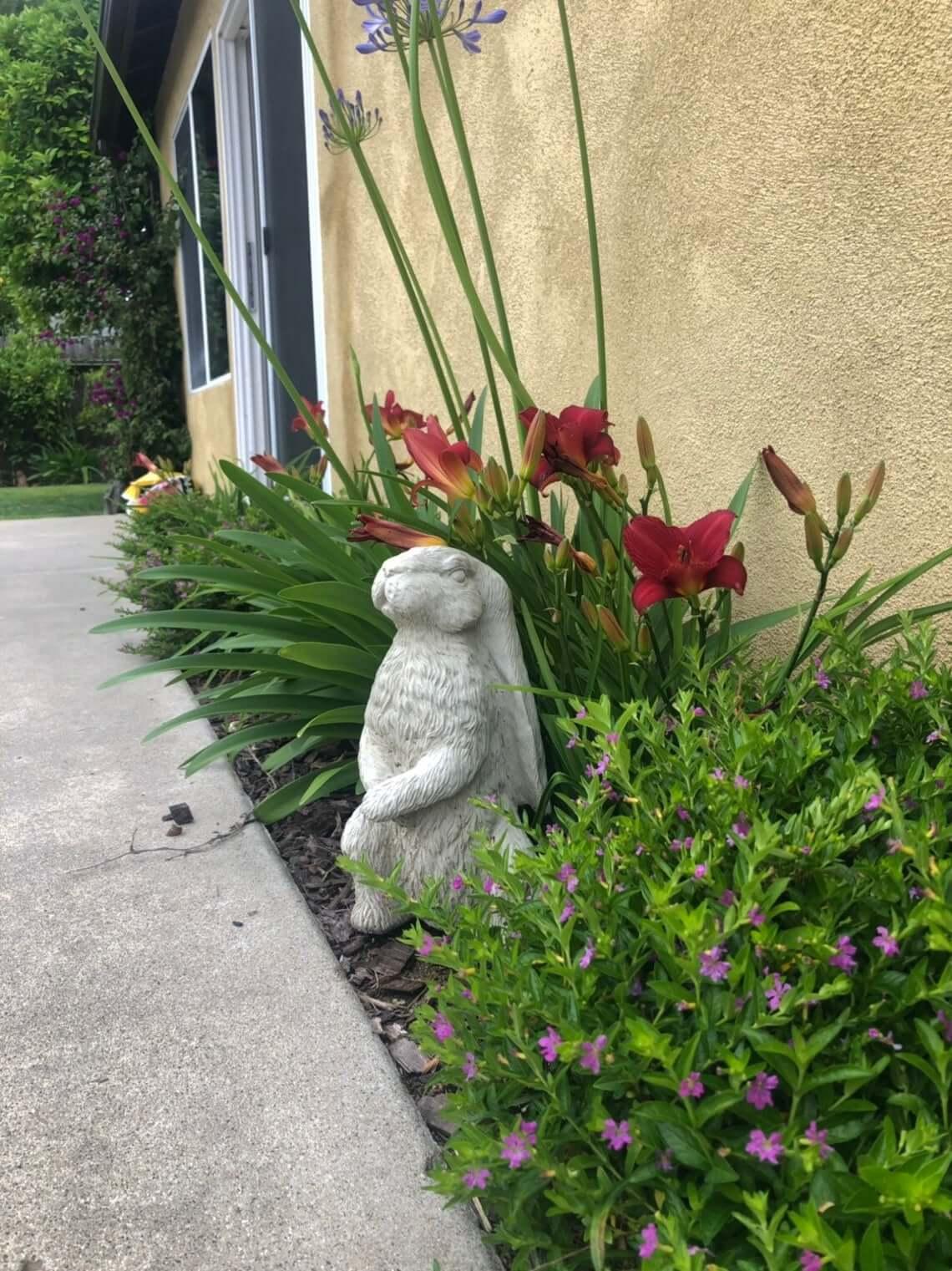 Cute Concrete Critter Bunny Garden Decor