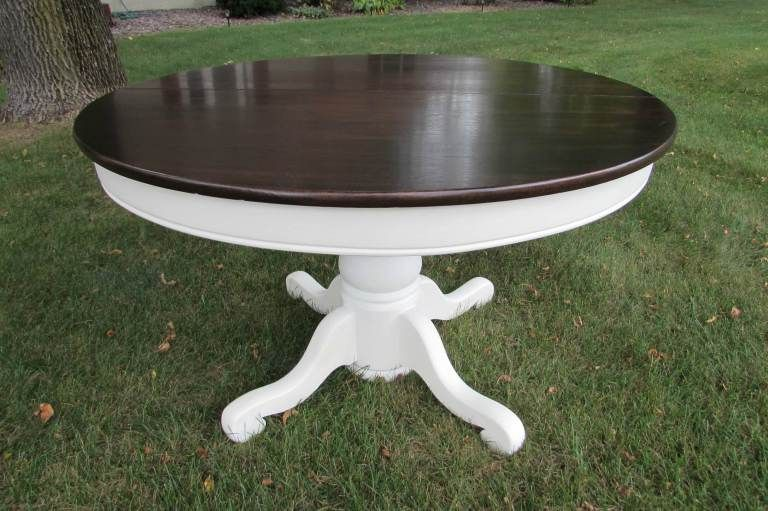 Stunning Painted Farmhouse Table Transformation