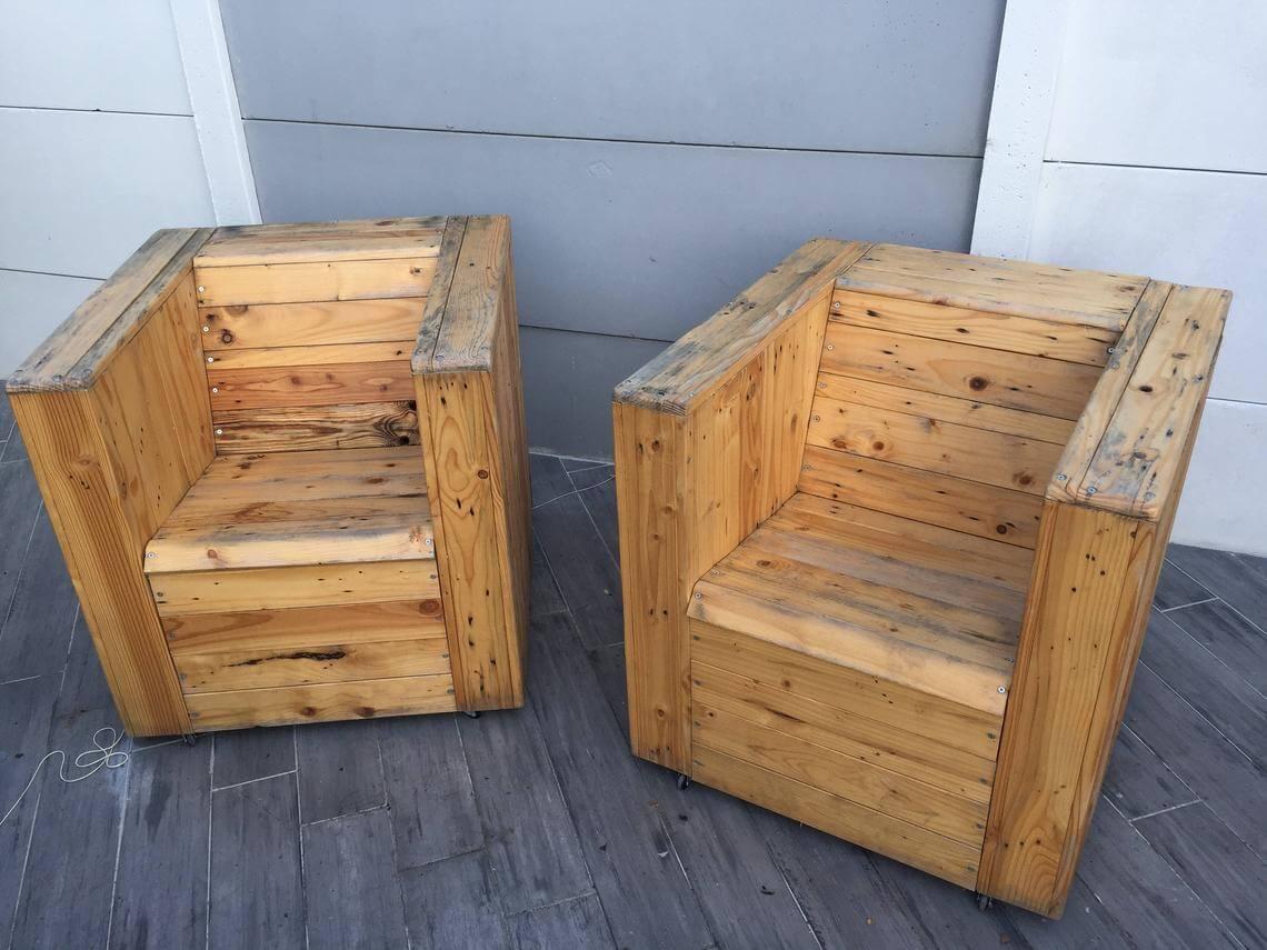 Set of Outdoor Patio Pallet Furniture