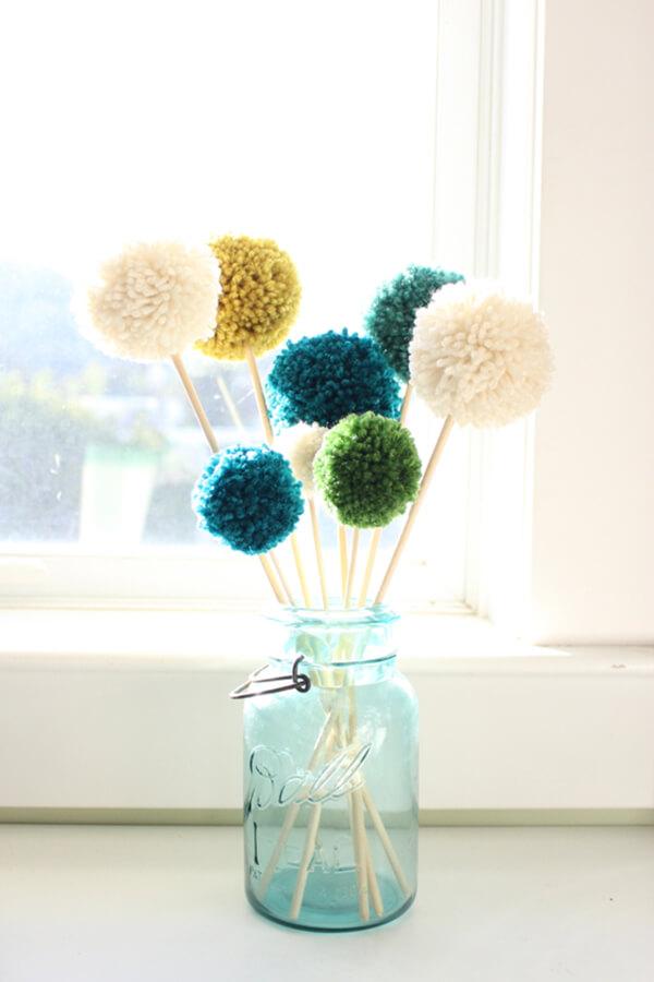 Pretty Pom Pom Potsticker Bouquet Decorations