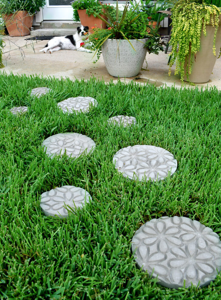 Create an Embossed Stepping Stones Garden Path