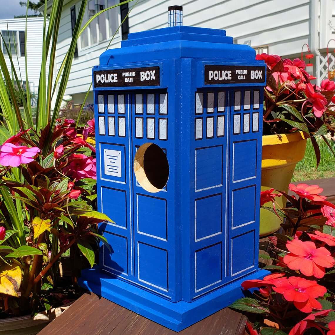 Cedar TARDIS Doctor Who Bird House