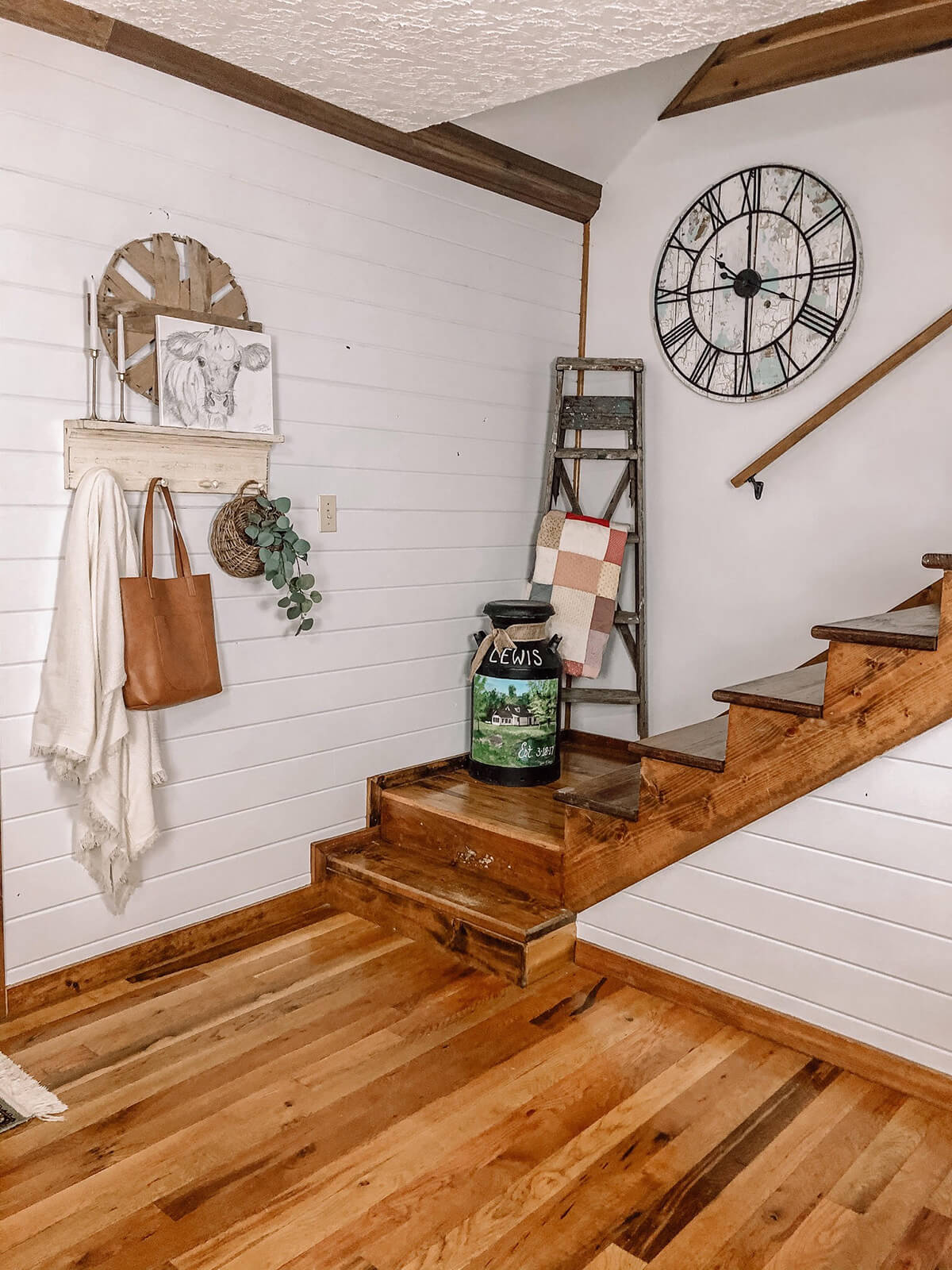 Rustic Farmhouse Country Home Decor